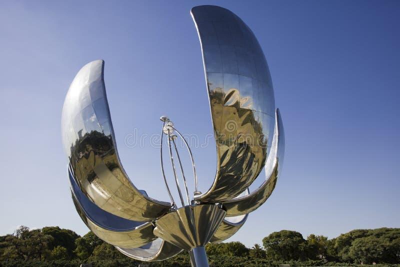 Μνημείο Generica Floralis στο Μπουένος Άιρες, Αργεντινή στοκ φωτογραφία