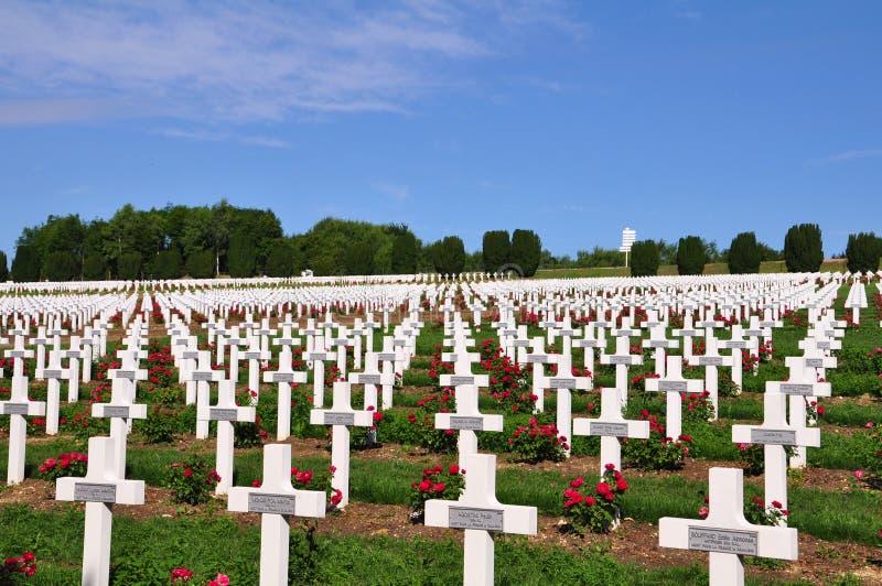 Μνημείο Ossuaire Douaumont στη Verdun, Γαλλία στοκ εικόνες