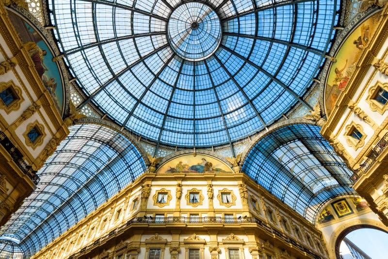 Μοίρα γυαλιού Galleria Vittorio Emanuele ΙΙ στο Μιλάνο στοκ φωτογραφίες με δικαίωμα ελεύθερης χρήσης