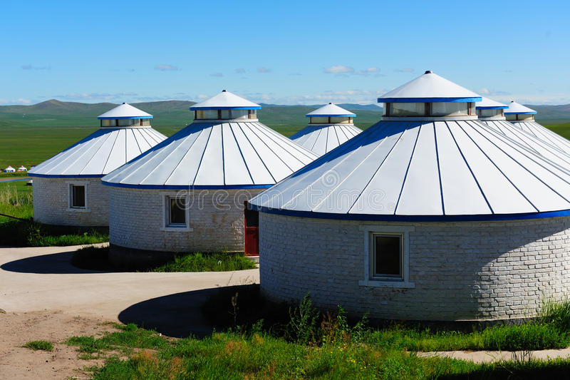 μογγολικά yurts λιβαδιών στοκ εικόνες