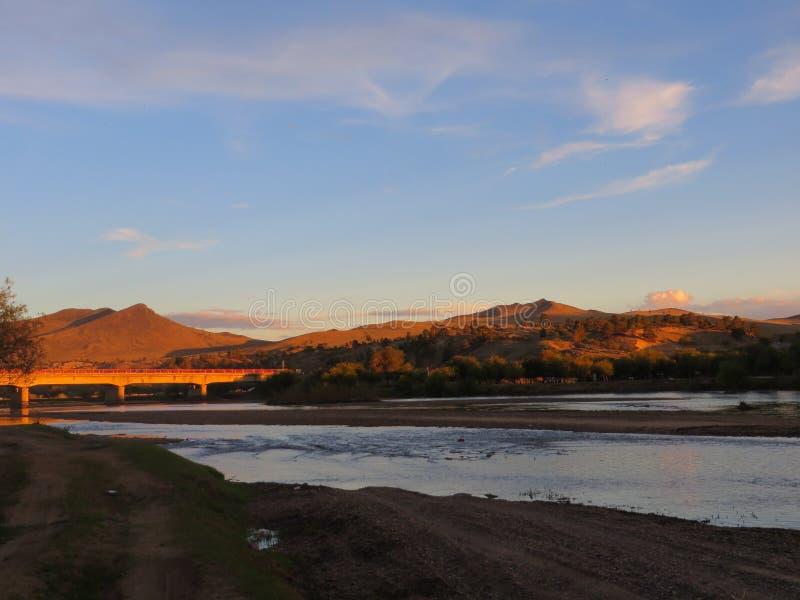 Μογγολικό ηλιοβασίλεμα στοκ εικόνες