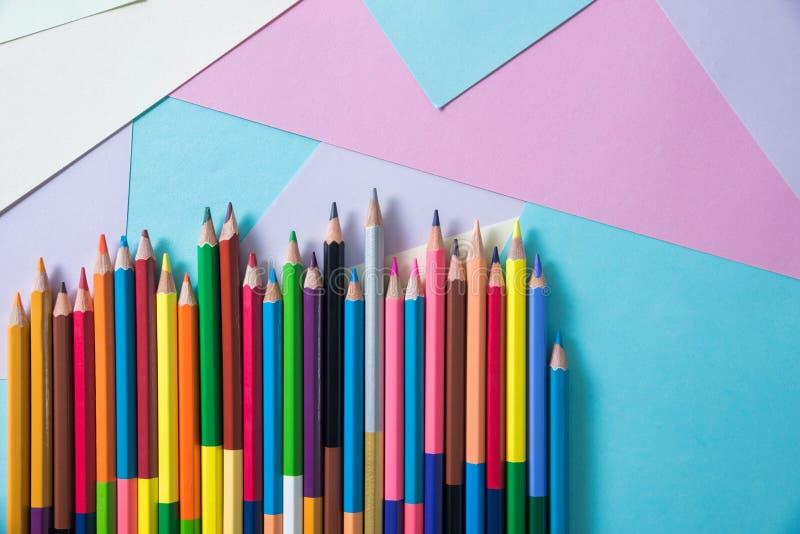 Μολύβια χρώματος για το υπόβαθρο στοκ φωτογραφίες με δικαίωμα ελεύθερης χρήσης