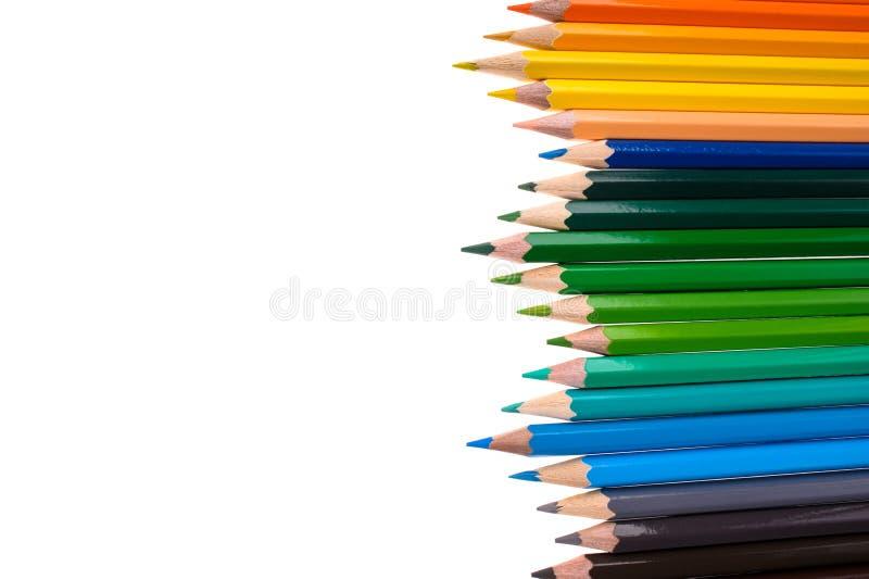 Μολύβια χρώματος που απομονώνονται στο άσπρο υπόβαθρο στοκ εικόνα με δικαίωμα ελεύθερης χρήσης