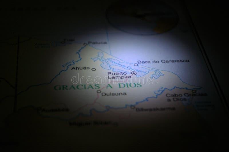 Μολύβι που δείχνει σε μια πόλη Gracias της Ονδούρας ένα Dios στοκ φωτογραφία