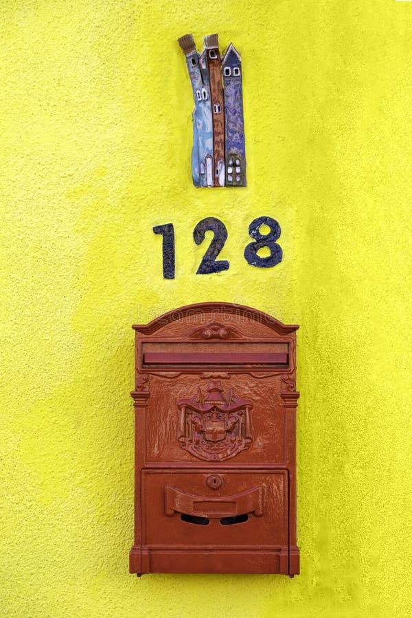 Μοναδικά χρώματα Burano, Ιταλία στοκ εικόνες με δικαίωμα ελεύθερης χρήσης
