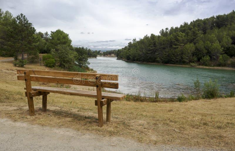Μοναξιά στη λίμνη στοκ φωτογραφίες