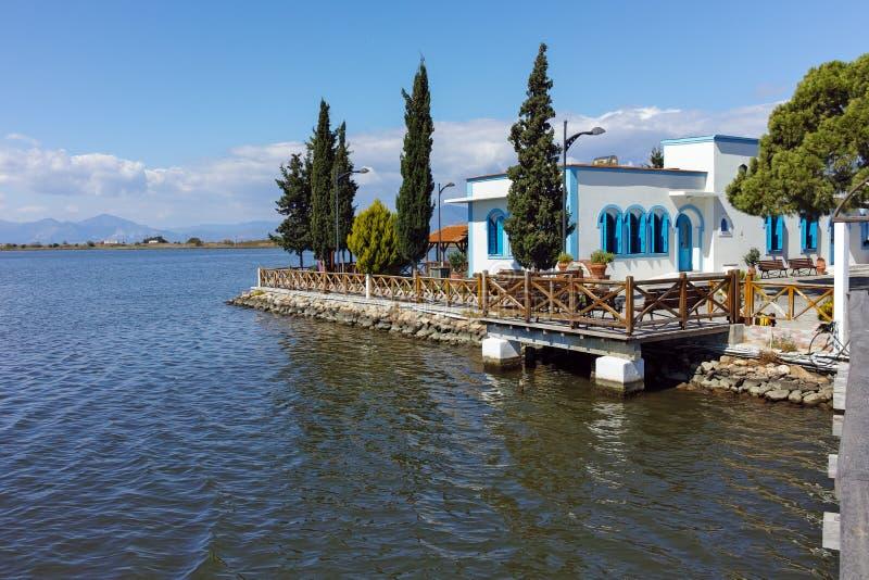 Μοναστήρι Άγιου Βασίλη που βρίσκεται σε δύο νησιά στο Πόρτο Λάγκος κοντά στην πόλη της Ξάνθης, Ελλάδα στοκ φωτογραφίες με δικαίωμα ελεύθερης χρήσης