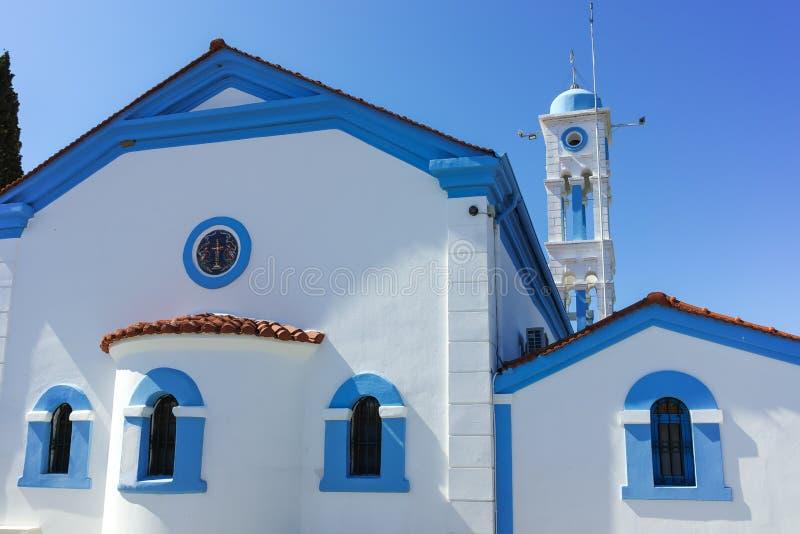 Μοναστήρι Άγιου Βασίλη που βρίσκεται σε δύο νησιά στο Πόρτο Λάγκος κοντά στην πόλη της Ξάνθης, Ελλάδα στοκ φωτογραφίες