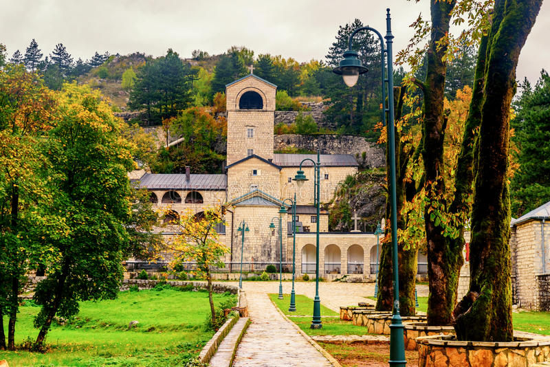Μοναστήρι σε Cetinje, Μαυροβούνιο στοκ εικόνες