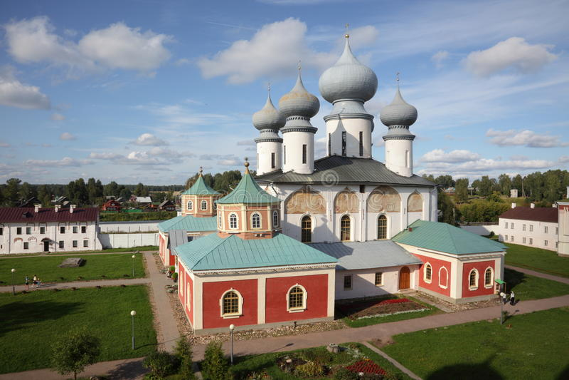 μοναστήρι τα παλαιά ρωσικά στοκ φωτογραφία με δικαίωμα ελεύθερης χρήσης