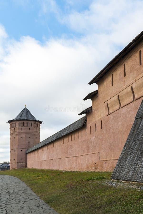 Download Μοναστήρι του ST Euthymius τοίχων στο Σούζνταλ, που ιδρύεται σε 1350 Χρυσό δαχτυλίδι του ταξιδιού της Ρωσίας Στοκ Εικόνες - εικόνα από θρησκεία, τουρίστας: 62724628