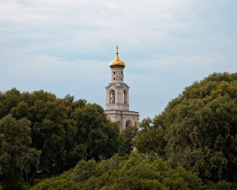 Μοναστήρι του ST George καθεδρικών ναών του ST George κοντά σε Novgorod Αρχαία Ορθόδοξη Εκκλησία στοκ φωτογραφία με δικαίωμα ελεύθερης χρήσης
