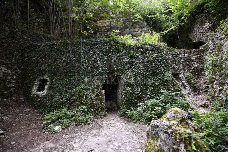 Μοναστήρι Aladzha στοκ εικόνες