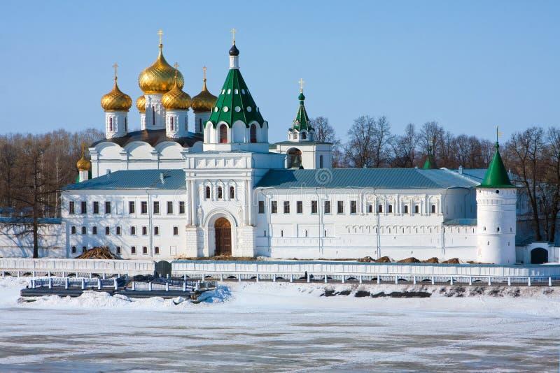 Download Μοναστήρι Ipatievsky στη Ρωσία, Kostroma Στοκ Εικόνα - εικόνα από ρωσία, θρησκεία: 22780071