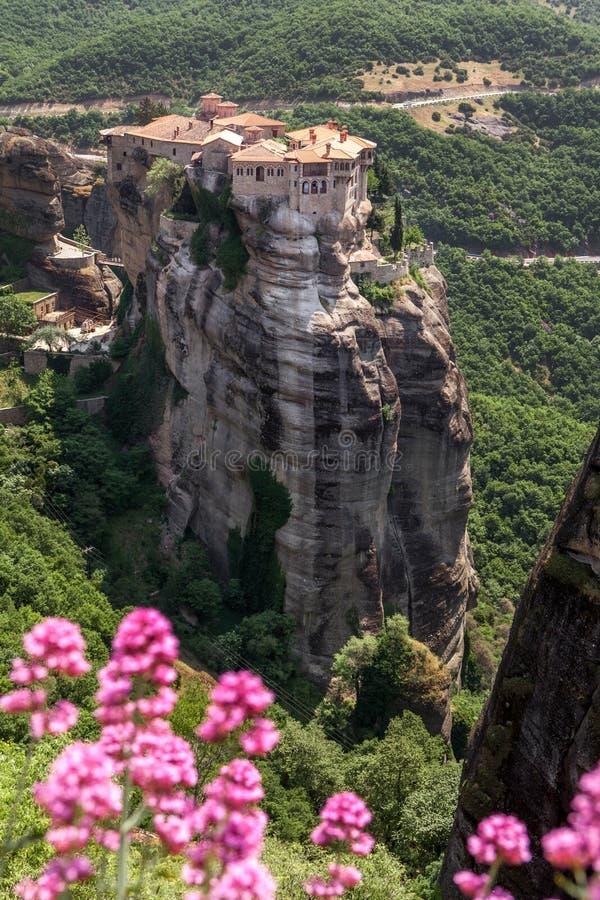 Μοναστήρι Varlaam σε Meteora στην περιοχή των Τρίκαλα το καλοκαίρι, της Ελλάδας στοκ φωτογραφία