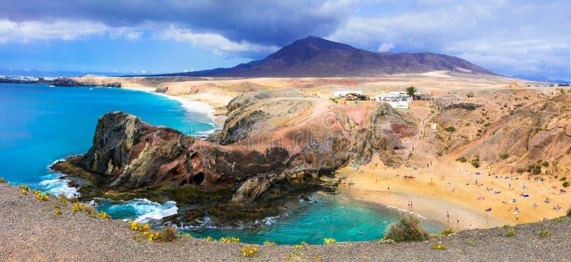 Μοναδικό ηφαιστειακό νησί Lanzarote - η όμορφη παραλία Papagayo, μπορεί στοκ φωτογραφίες με δικαίωμα ελεύθερης χρήσης