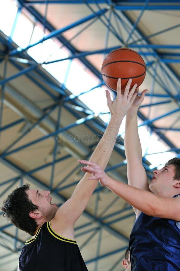 Μονομαχία καλαθοσφαίρισης στοκ φωτογραφίες