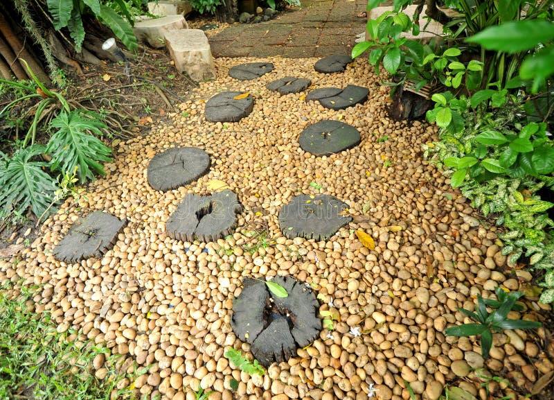 Μονοπάτι πετρών κήπων στοκ φωτογραφία