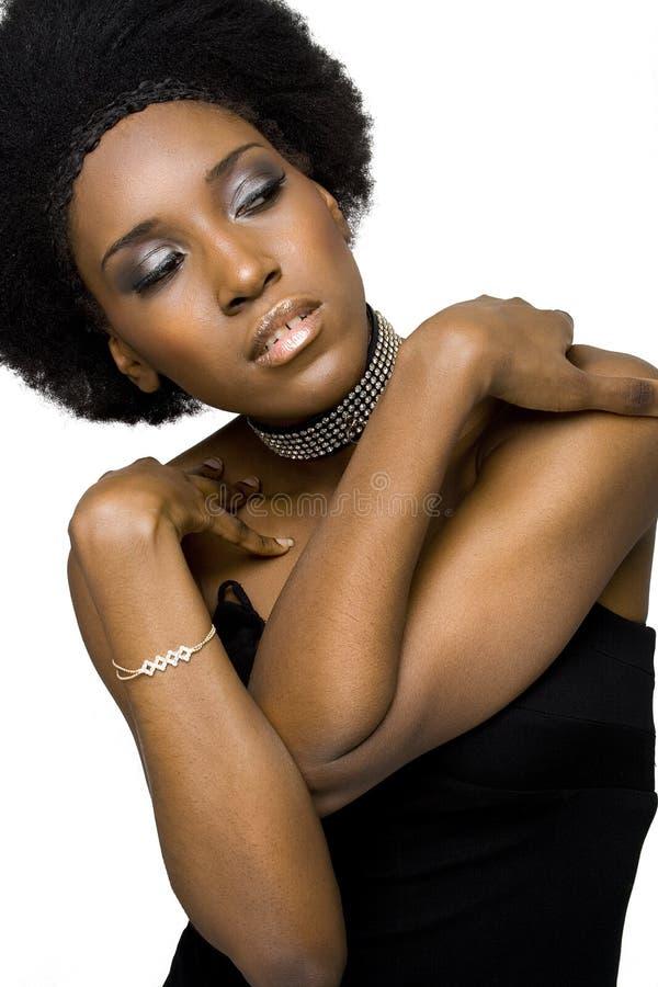 μοντέλο μόδας αφροαμερι&kap στοκ φωτογραφία με δικαίωμα ελεύθερης χρήσης