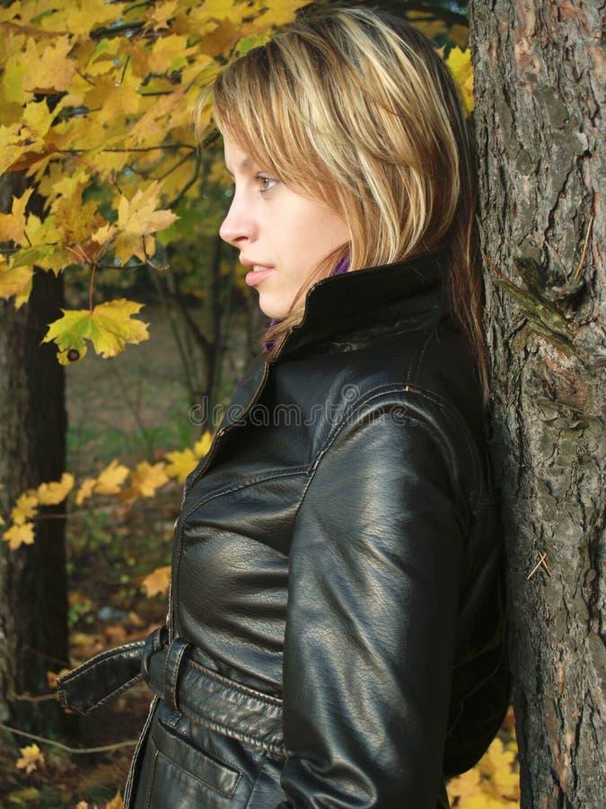 μοντέλο φθινοπώρου στοκ φωτογραφία