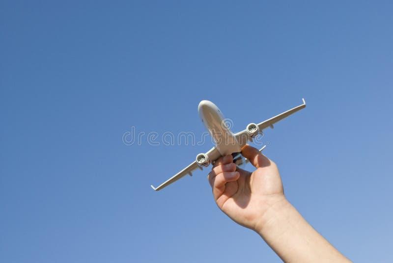 μοντέλο χεριών αεροσκαφώ& στοκ εικόνα με δικαίωμα ελεύθερης χρήσης