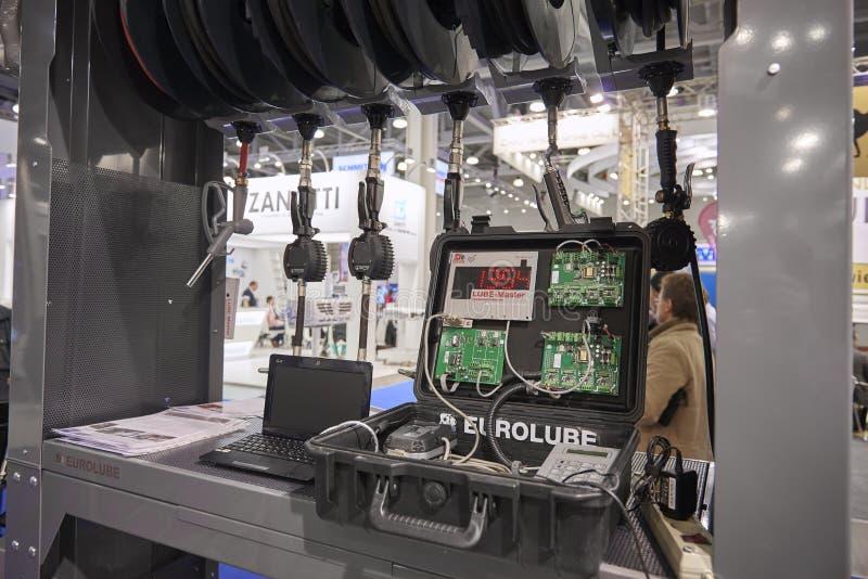 ΜΟΣΧΑ, 5 SEP, 2017: Άποψη σχετικά με τον ηλεκτρονικό εξοπλισμό συσκευών εργαλείων κιβωτίων ελέγχου για τη λίπανση φορτηγών, συντή στοκ εικόνες με δικαίωμα ελεύθερης χρήσης