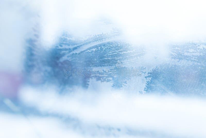 Μοτίβα στο παγωμένο γυαλί στοκ φωτογραφίες