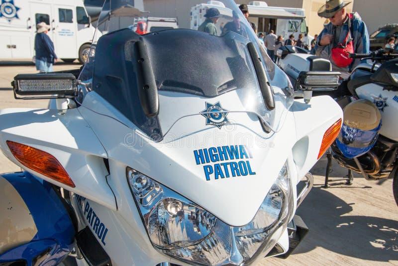 Μοτοσικλέτα περιπόλου αστυνομίας κρατικών εθνικών οδών στοκ εικόνα