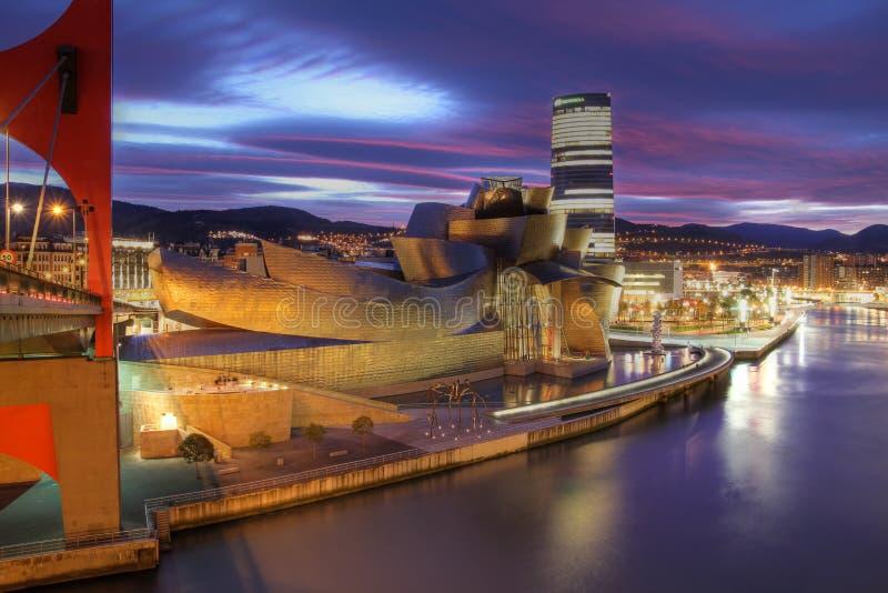 Download μουσείο Ισπανία του Μπι&lambd Εκδοτική Φωτογραφία - εικόνα από νύχτα, anglia: 22777262