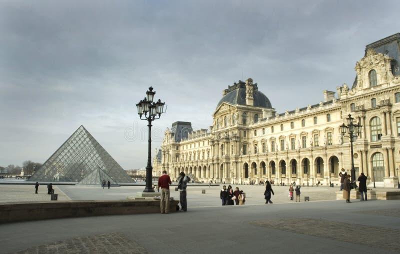 μουσείο Παρίσι ανοιγμάτων εξαερισμού στοκ φωτογραφίες με δικαίωμα ελεύθερης χρήσης