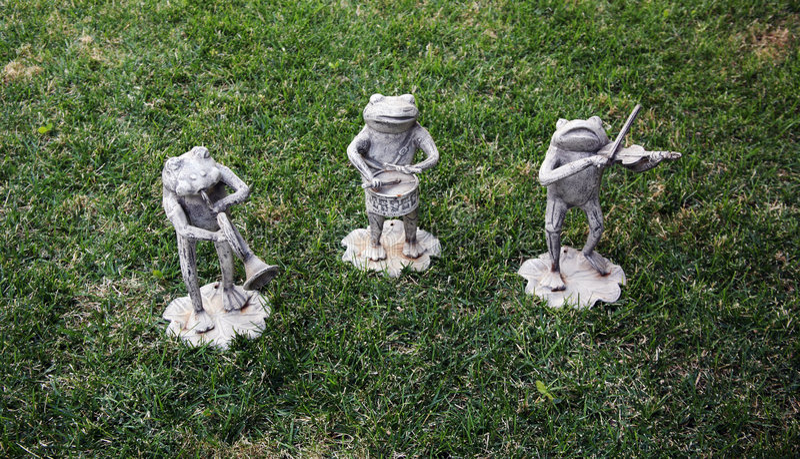 μουσικά αγάλματα βατράχω&nu στοκ φωτογραφία με δικαίωμα ελεύθερης χρήσης