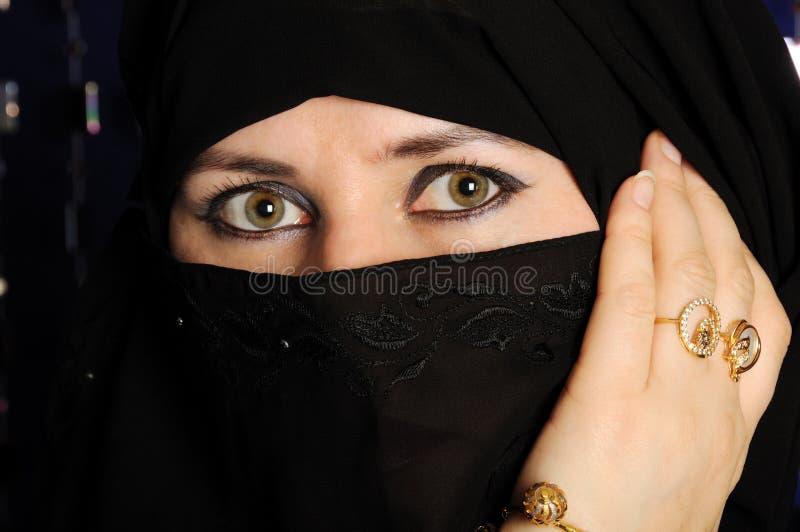 μουσουλμανική γυναίκα στοκ εικόνα