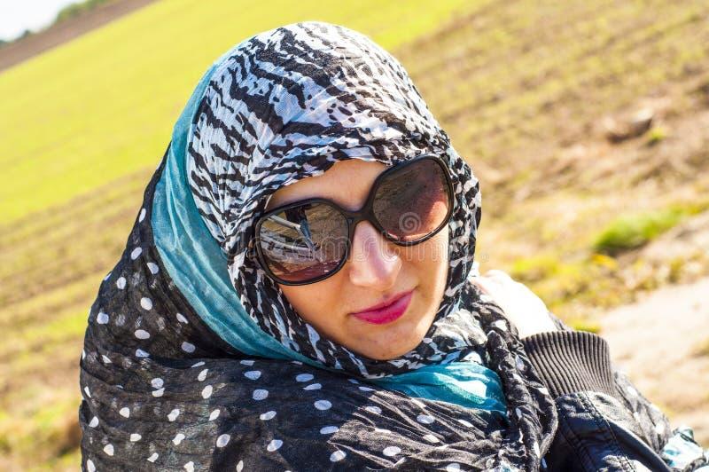 Μουσουλμανικό κορίτσι που φορά higab στοκ εικόνα με δικαίωμα ελεύθερης χρήσης