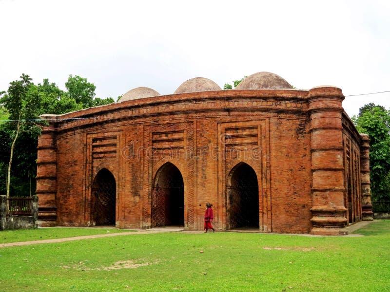 Μουσουλμανικό τέμενος εννέα θόλων, Bagarhat, Μπανγκλαντές στοκ φωτογραφία