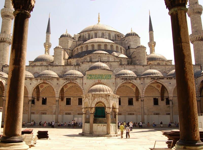 μουσουλμανικό τέμενος προαυλίων στοκ φωτογραφίες