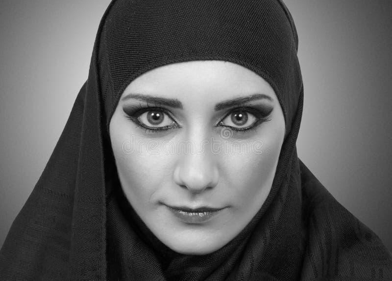 Μουσουλμανικό πορτρέτο κοριτσιών στοκ φωτογραφία με δικαίωμα ελεύθερης χρήσης