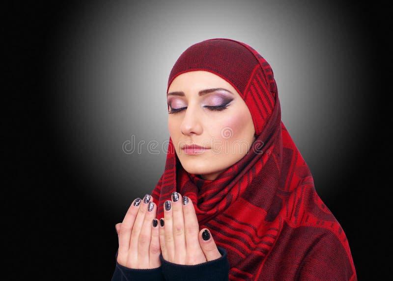 Μουσουλμανικό πορτρέτο κοριτσιών στοκ εικόνα με δικαίωμα ελεύθερης χρήσης