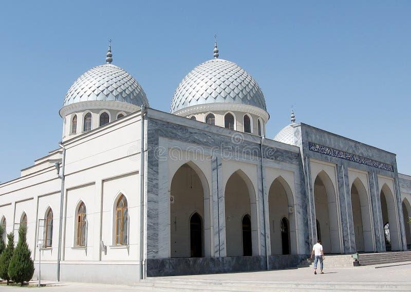 Μουσουλμανικό τέμενος δύο θόλοι 2007 της Τασκένδης Juma στοκ φωτογραφία