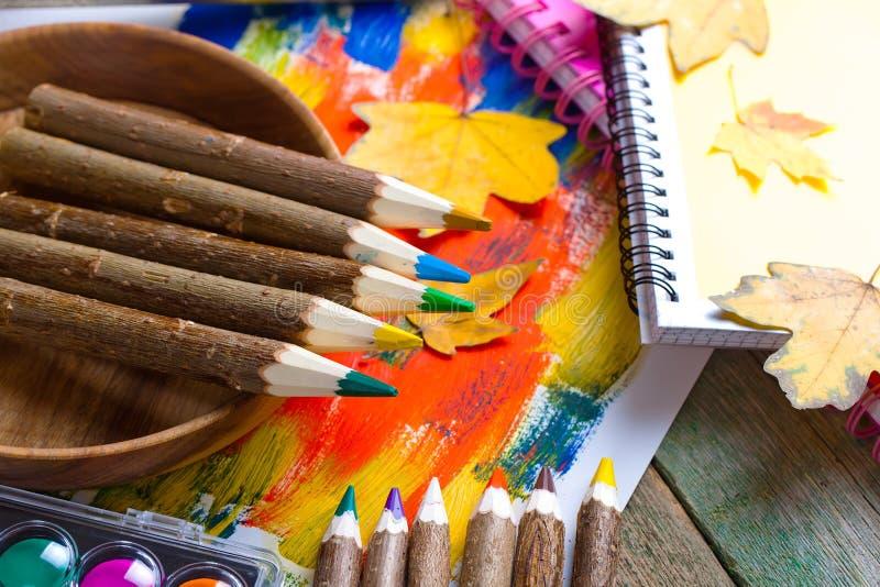 Download Μολύβια χρώματος στοκ εικόνα. εικόνα από διακοπή, brunelleschi - 62722503
