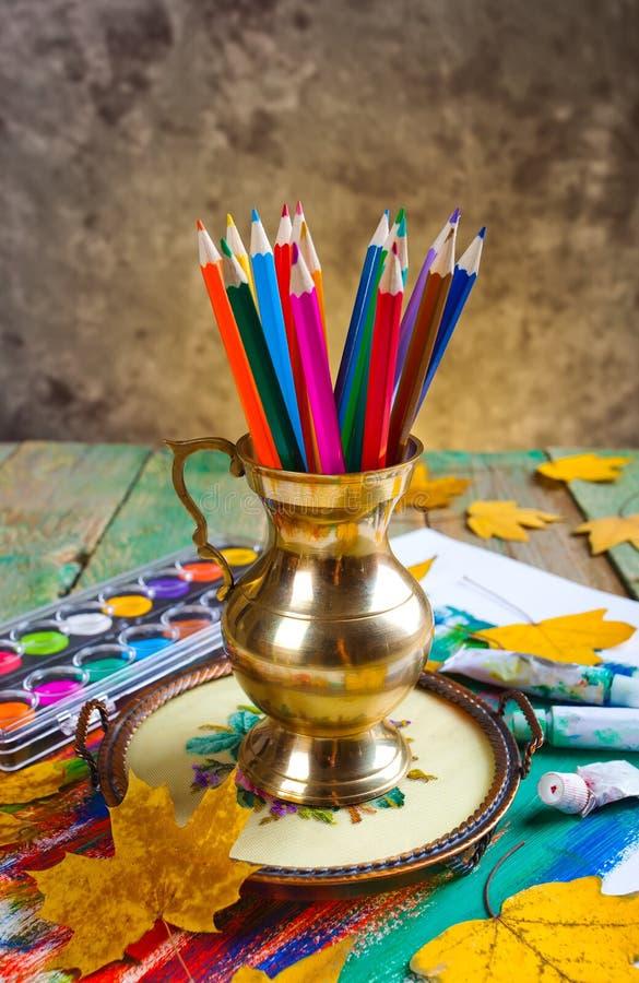 Download Μολύβια χρώματος στοκ εικόνα. εικόνα από εκπαίδευση, χρώμα - 62723287