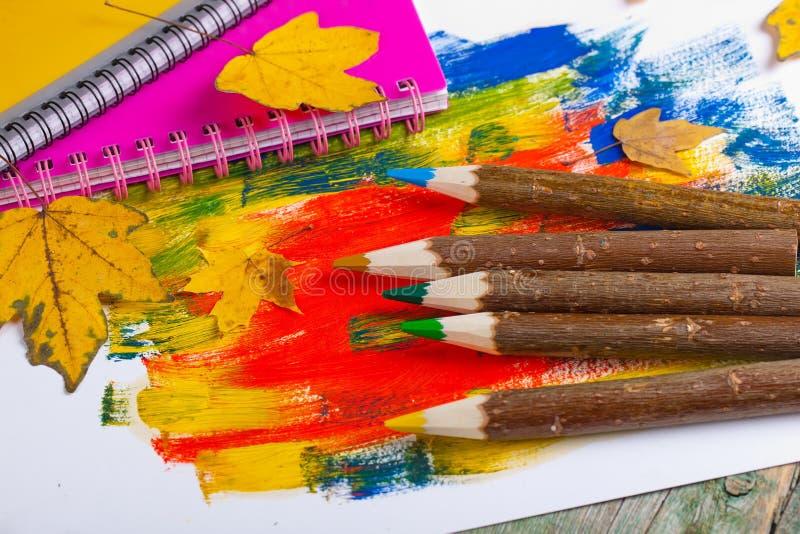 Download Μολύβια χρώματος στοκ εικόνα. εικόνα από χρώμα, εκπαίδευση - 62724187