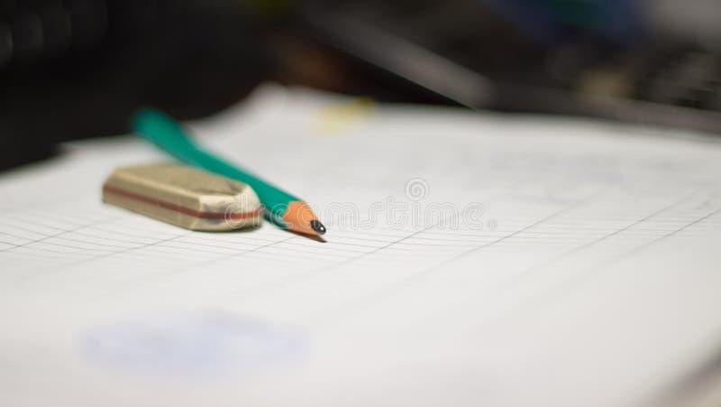 Μολύβι και γόμα στοκ φωτογραφίες με δικαίωμα ελεύθερης χρήσης