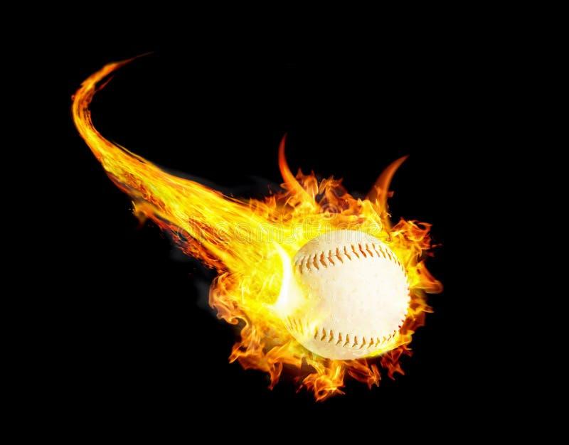 Μπάλα του μπέιζμπολ στη φωτιά με καπνό και ταχύτητα στοκ φωτογραφίες