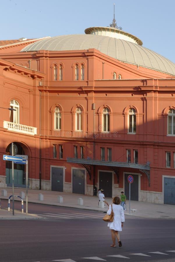 Μπάρι, Ιταλία: θέατρο petruzzelli στοκ εικόνες