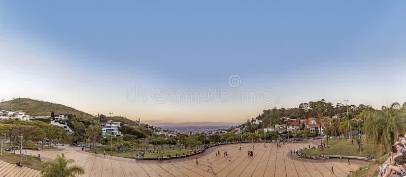 Μπέλο Οριζόντε, Minas Gerais, Βραζιλία Πανοραμική άποψη από τους παπάδες στοκ εικόνα με δικαίωμα ελεύθερης χρήσης