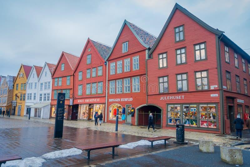 Μπέργκεν, Νορβηγία - 3 Απριλίου 2018: Το νορβηγικό παραδοσιακό ξύλινο σπίτι, Bryggen, είναι μια από μια περιοχή παγκόσμιων κληρον στοκ εικόνα με δικαίωμα ελεύθερης χρήσης