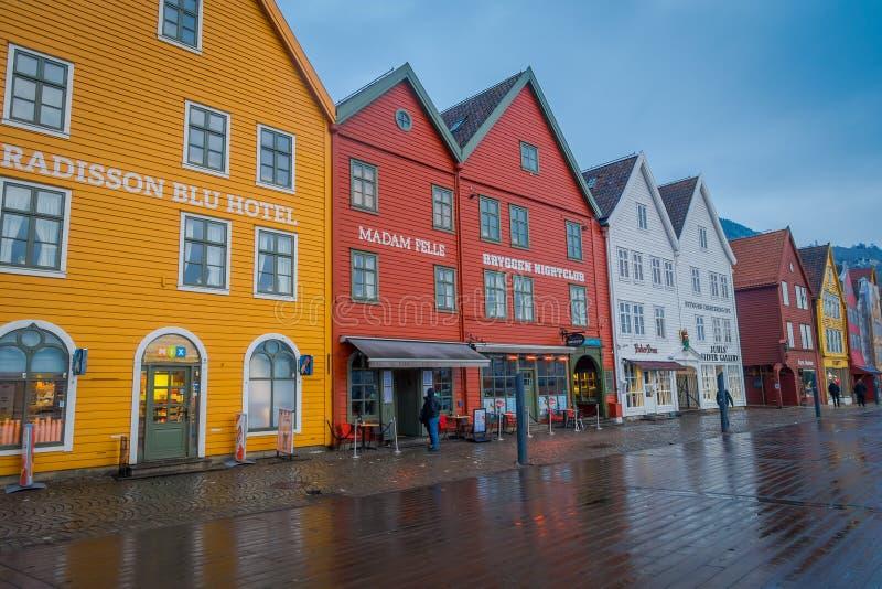 Μπέργκεν, Νορβηγία - 3 Απριλίου 2018: Το νορβηγικό παραδοσιακό ξύλινο σπίτι, Bryggen, είναι μια από μια περιοχή παγκόσμιων κληρον στοκ εικόνα