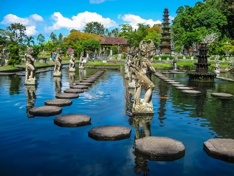Μπαλί, Ινδονησία - 15 Απριλίου 2012: Παλάτι Taman Ujung νερού στοκ φωτογραφία με δικαίωμα ελεύθερης χρήσης