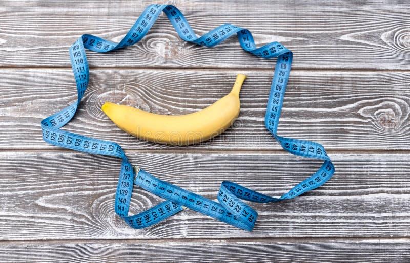 Μπανάνα, εκατοστόμετρο στοκ εικόνες με δικαίωμα ελεύθερης χρήσης