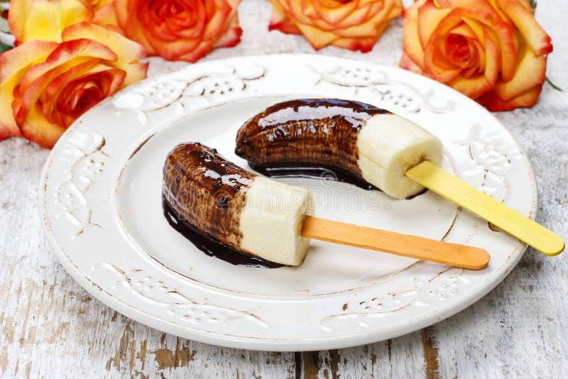 Μπανάνες με τη σοκολάτα στοκ εικόνα με δικαίωμα ελεύθερης χρήσης